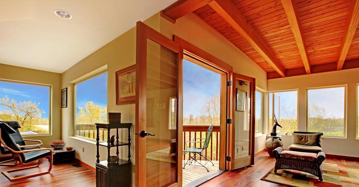xây dựng nhà bằng vật liệu kính