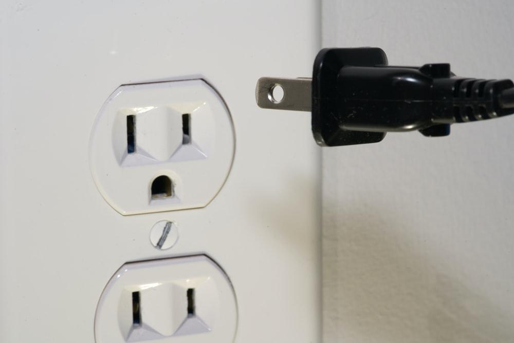 Kiểm tra cách điện
