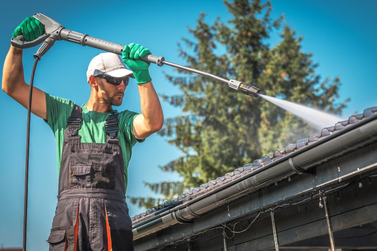 phun nước trên mái tôn giải pháp chống nóng cho mùa hè hiệu quả